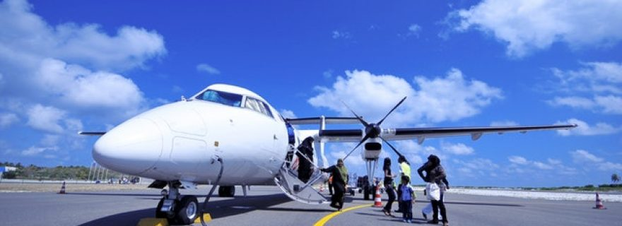 Unaccompanied children travelling by air, a human rights issue