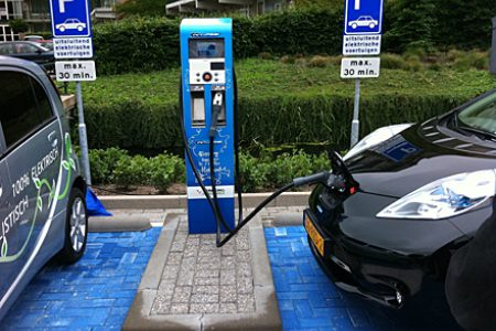 A case on electric cars, gas stations and State aid
